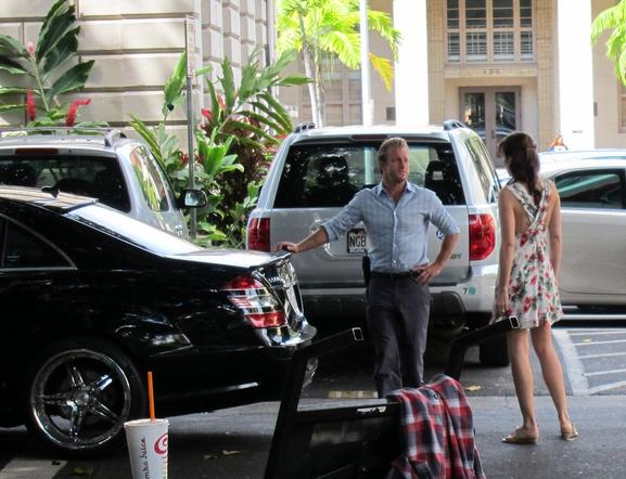 Scott Caan, Claire van der Boom, Hawaii Five-0