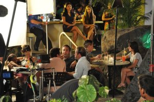 Yen Phan on the Hawaii Five-0 set with Alex O'Loughlin, Scott Caan and Dane Cook