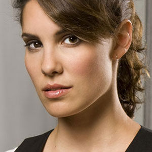 Daniela Ruah to do NCIS:LA - Hawaii Five-0 season 2 crossover.  (Photo: CBS)